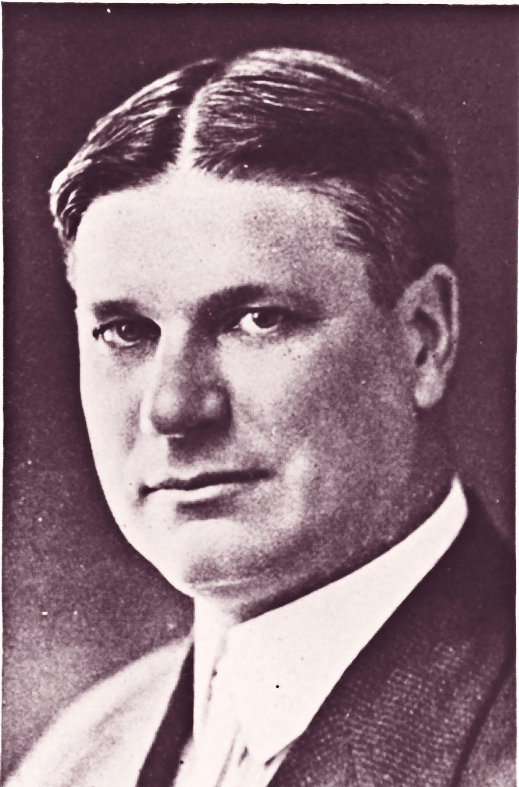 1879-1936